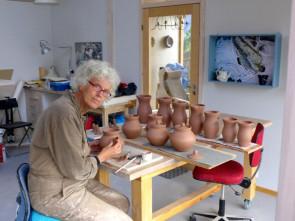 Elisa Helland-Hansen i verkstedet